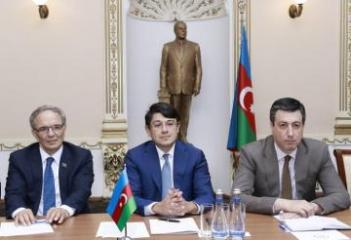 Fuad Muradov Gürcüstan-Azərbaycan parlamentlərarası dostluq qrupunun üzvləri ilə görüşüb