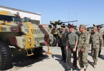 Belarus Silahlı Qüvvələrinin nümayəndə heyəti hərbi hissədə olub