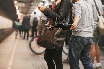 Metroda cibgirlik edən şəxslər tutulub