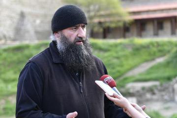 Главный священник монастыря «Давид Гареджи»: Никаких проблем с посещением монастыря нет
