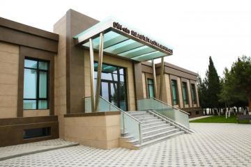 Ramil Usubov yeni binaların açılışını edib