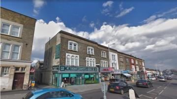 Gun fired at Ilford Seven Kings mosque in London