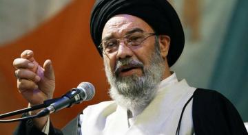 """İranlı axund ABŞ-a meydan oxudu: """"Gəmini bircə raketlə məhv edərik"""""""