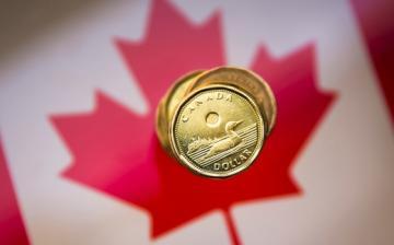 Canada's economy gains momentum amid record-high job creation