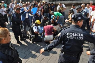 Mexican union leader shot dead in troubled oil refining city