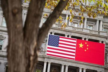Трамп заявил о контроле над торговыми отношениями США и КНР