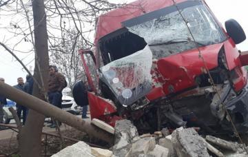 В Загатальском районе перевернулся микроавтобус, есть пострадавшие - [color=red]ОБНОВЛЕНО[/color]