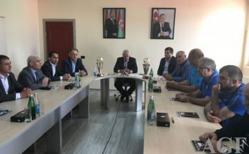 """Namiq Əliyev: """"Tokioda ən azı 15 güləşçiylə iştirak etməliyik"""""""