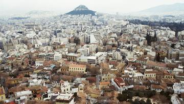 В Афинах сожгли машину журналистки CNN Greece