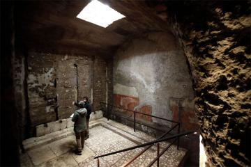 Romada imperator Neronun sarayının altında gizli otaq aşkarlanıb