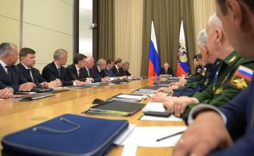"""Putin: """"Suriyadakı döyüşlər rus silahlarında olan nöqsanları göstərdi"""""""