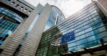 EU fines five banks $1.2 billion
