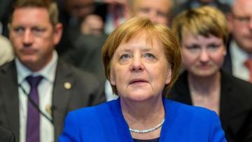 """Merkel: """"Avropa Komissiyası """"Şimal axını-2"""" qaz kəmərinin tikintisini dayandıra bilməz"""""""