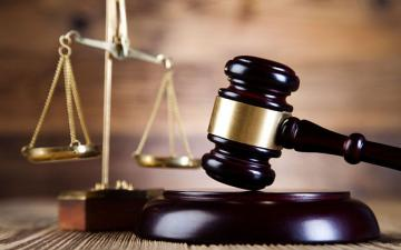 В Баку начался суд над криминальным авторитетом