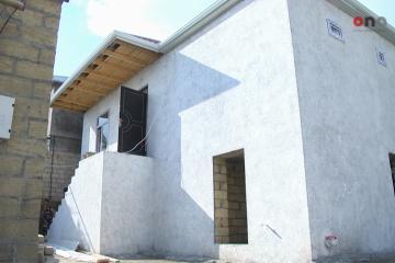 В Шамахы разрушенные в результате землетрясения дома отстраивают заново - [color=red]РЕПОРТАЖ[/color]