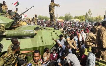 Военный совет Судана заявил о готовности возобновить диалог с оппозицией