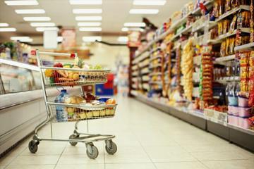 Продукты, напитки и табак в Азербайджане подорожали на 2%
