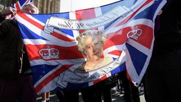 Эксперт рассказал, чем для Евросоюза чреват Brexit и отказ от него