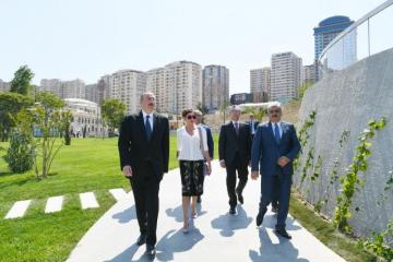 President Ilham Aliyev attended opening of garden outside Tazapir mosque and Central Park built along Fuzuli street - [color=red]UPDATED[/color]