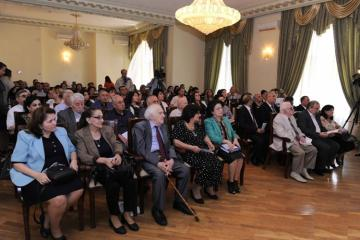 Ramiz Zöhrabovun 80 illiyinə həsr olunmuş elmi konfrans keçirilib