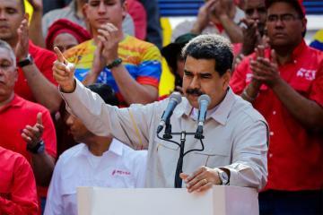 Maduro hərbçilərə ABŞ zorakılığına qarşı hazır olmaq tapşırığı verib