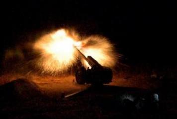 Проведен этап учений с боевой стрельбой в ночное время - [color=red]ВИДЕО[/color]