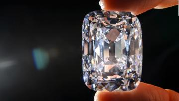 Diamond worth 45 million euros 'stolen' from Paris hotel