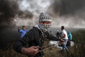 Не менее 16 палестинцев пострадали в стычках с израильскими войсками в Газе