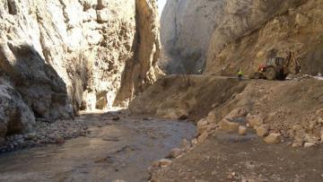 Ремонтируется дорога, ведущая в село Хыналыг