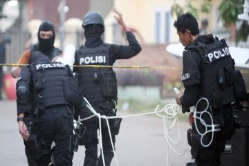 Протесты в Джакарте: число пострадавших стремительно растет