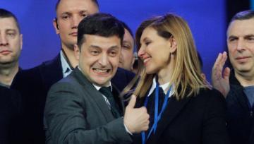 Prezident Zelenski şou-proqramda rəqs edib