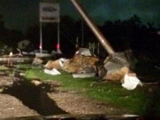 Tornado destroys hotel and causes damage in Oklahoma - [color=red]VIDEO[/color] - [color=red]UPDATED[/color]