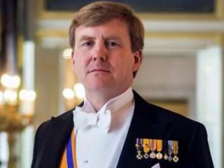 Король Нидерландов поздравил Президента Азербайджана