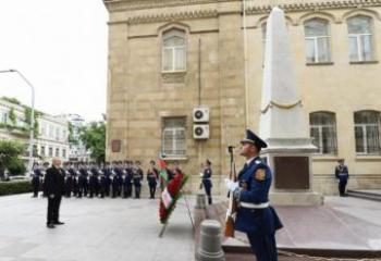 President Ilham Aliyev visits monument erected in honour of Azerbaijan Democratic Republic