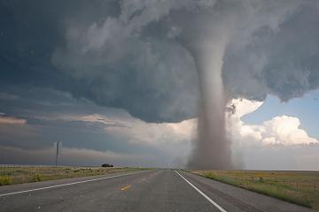 В США семь человек пострадали от торнадо