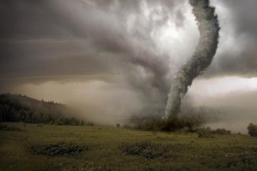 ABŞ-da tornado nəticəsində 130-dan çox adam xəsarət alıb