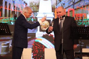 Moskvada Respublika günü və diplomatik orqanların 100 illiyinə həsr olunan qəbul keçirilib