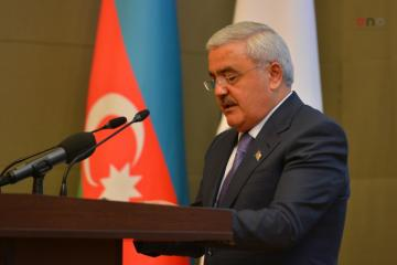 SOCAR considers purchasing oil refineries in Russia