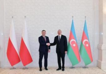 Президенты Азербайджана и Польши провели встречу один на один - [color=red]ОБНОВЛЕНО[/color]