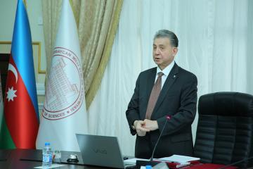 """Akif Əlizadə: """"Təklif etdik ki, AMEA magistraturasına plan yerlərinin üçdə biri ödənişli olsun"""""""