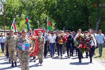 Martyred major of Azerbaijani Army buried  - [color=red]UPDATED[/color] - [color=red]VIDEO[/color]
