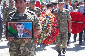 Погибший майор азербайджанской армии похоронен - [color=red]ОБНОВЛЕНО - ФОТО[/color]