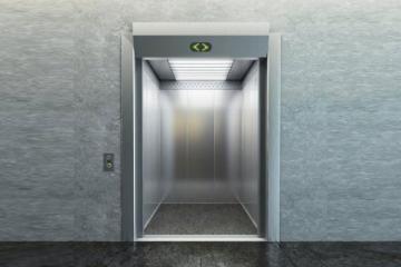 В Баку привезли 458 новых лифтов