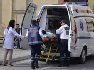 В Баку сбит сотрудник службы охраны бульвара