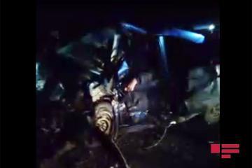 Two cars collide on Baku-Guba highway, 4 dead  - [color=red]PHOTO[/color]
