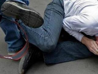 В Геранбое представитель  Исполнительной власти избил 50-летнего мужчину