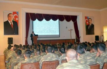 The regular seminar held in the military unit