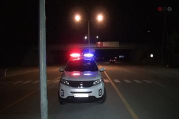 На шоссе Баку-Губа перевернулся грузовик, двое ранены