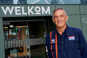 Сборную Голландии возглавил бывший главный тренер сборной Азербайджана