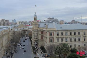 Совещание в ИВ: Эльдар Азизов раскритиковал глав исполнительных властей